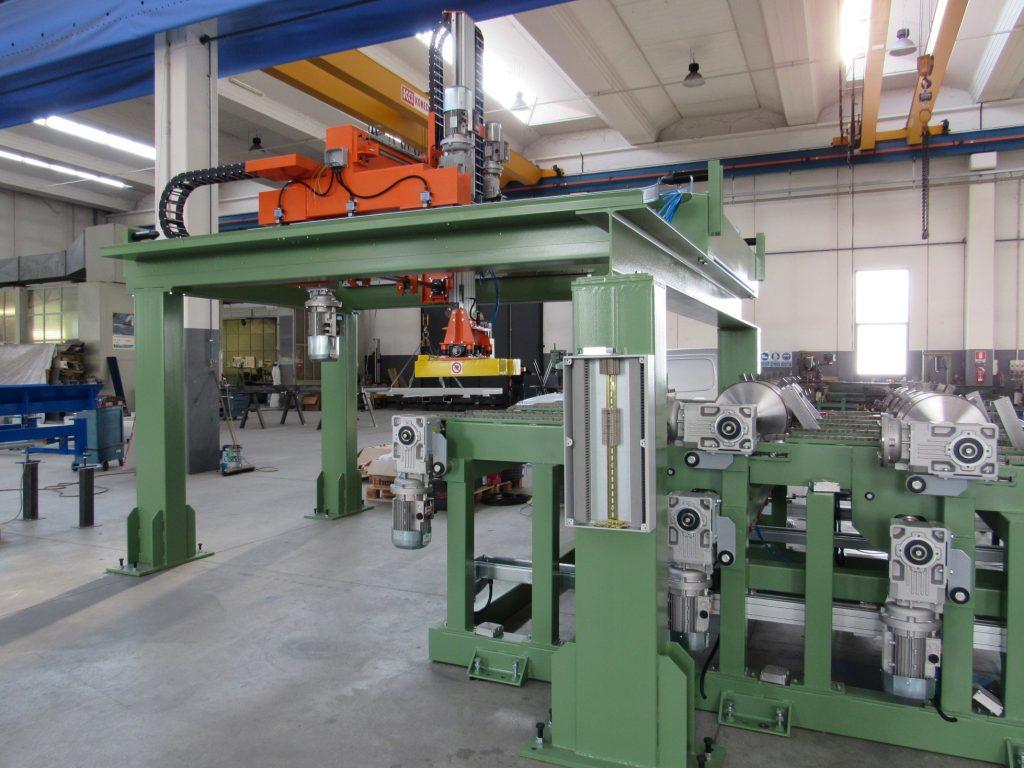 Impianto carico profilati metallici